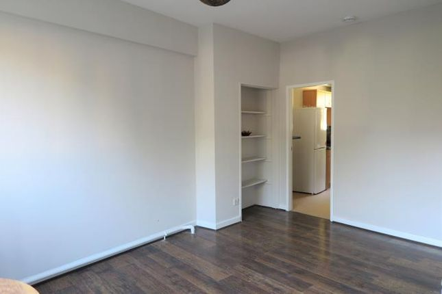 Thumbnail Flat to rent in Westfield Court, Edinburgh