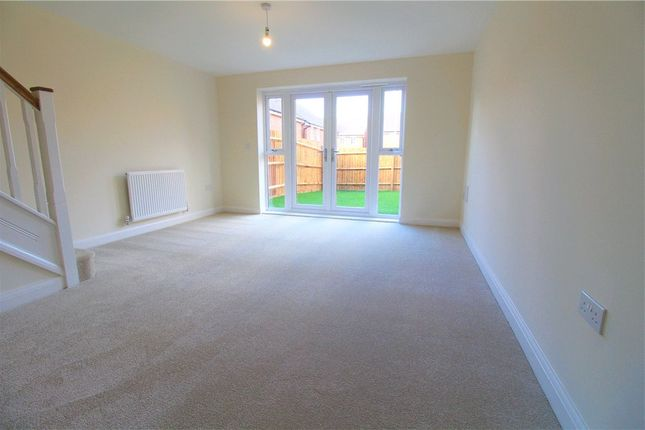 Picture No. 04 of Plot 523, Queen Elizabeth Road, Nuneaton, Warwickshire CV10