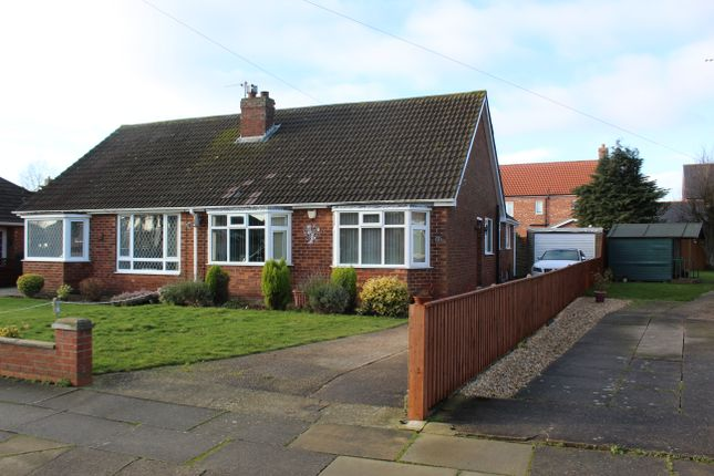 Thumbnail Semi-detached bungalow to rent in Worlaby Road, Scartho