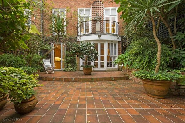 Thumbnail Town house for sale in Moncorvo Close, Knightsbridge, London