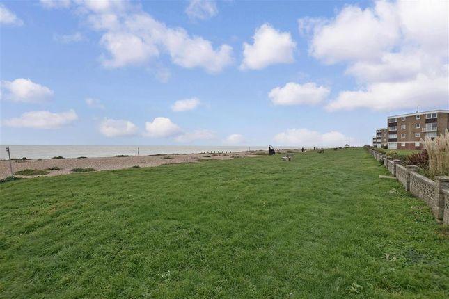 Surrounding Area of Overstrand Avenue, Rustington, West Sussex BN16