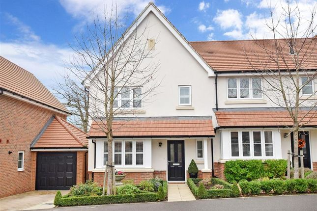 3 bed end terrace house for sale in Watermeadow Lane, Storrington, West Sussex RH20