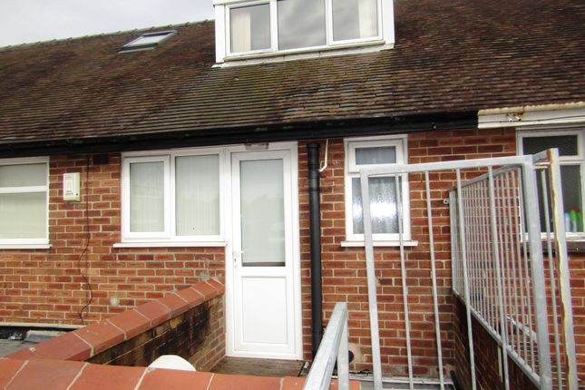 Thumbnail Maisonette to rent in Red Bank Road, Blackpool