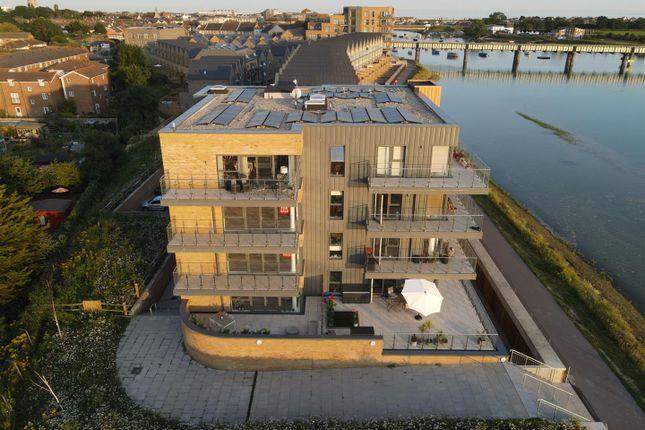 2 bed flat to rent in Salt Marsh Road, Shoreham-By-Sea BN43