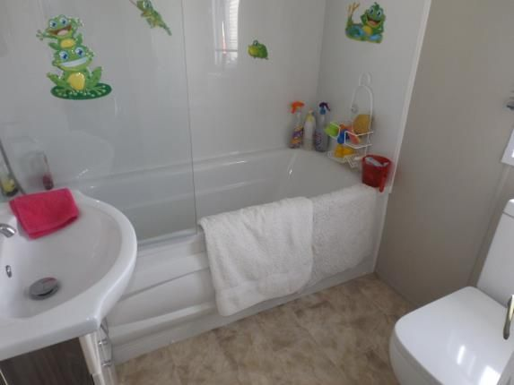 Bathroom of London Road, Clacton On Sea, Essex CO16