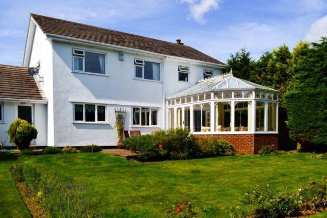 Thumbnail Property to rent in Cronk Drean, Douglas