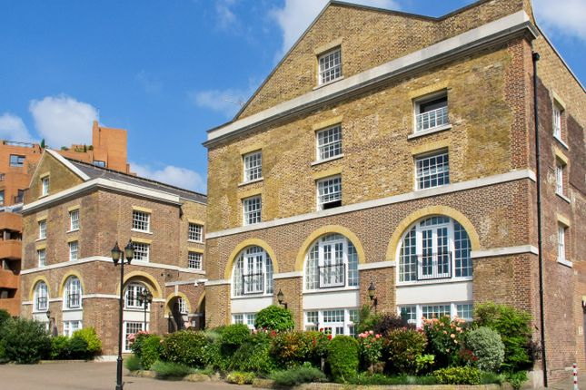 Thumbnail Flat to rent in The Listed Building, 350 The Highway, London