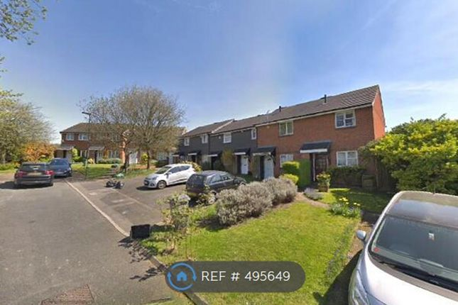 Thumbnail Flat to rent in Tanglewood Court, Orpington