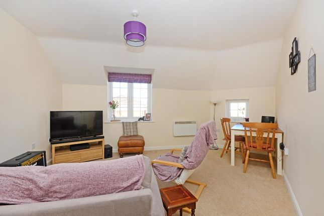 Thumbnail Property to rent in Doveholes Drive, Handsworth, Sheffield