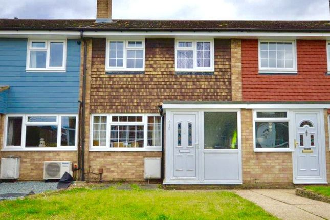 Thumbnail Terraced house for sale in Linnet Drive, Chelmsford, Essex