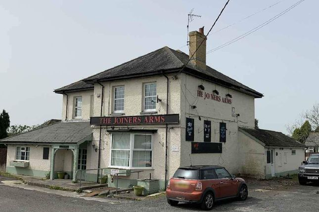 Thumbnail Pub/bar to let in Pentwyn, Gowerton Road, Three Crosses, Swansea