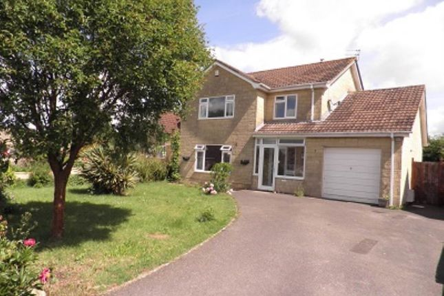 4 bed property to rent in Sandringham Road, Trowbridge, Wiltshire BA14