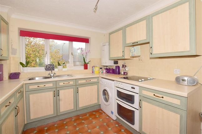Thumbnail Flat for sale in Eridge Road, Crowborough, East Sussex