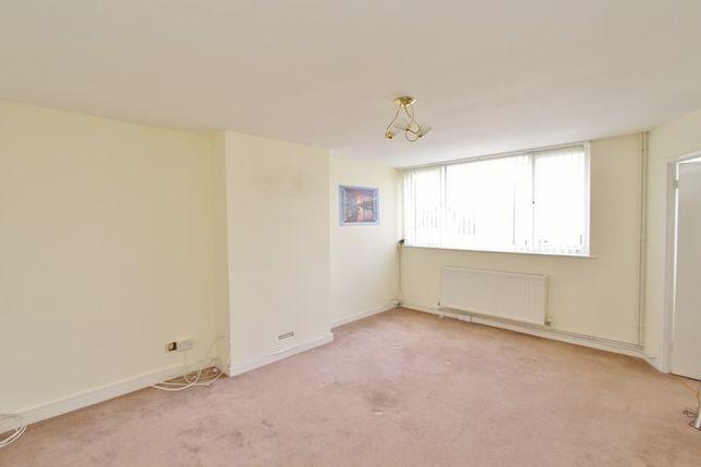 Thumbnail Maisonette to rent in Grange Court, Hanham, Bristol