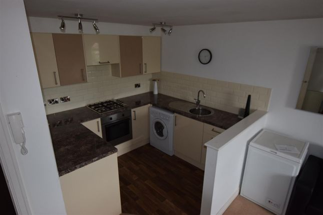 Thumbnail Flat to rent in Whalley Road, Middleton, Manchester