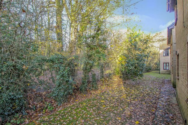 Img_2856 of Abenberg Way, Hutton, Brentwood CM13