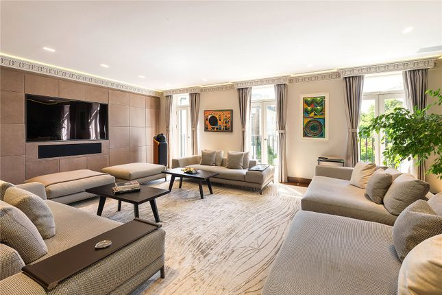 Thumbnail Flat for sale in Holland Park, Kensington, London