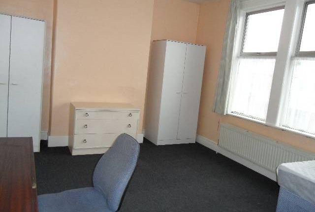 Bedroom of Olveston Road, Horfield, Bristol BS7
