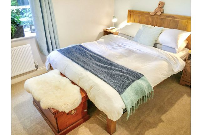 Bedroom of Broadview Close, Winchester SO23