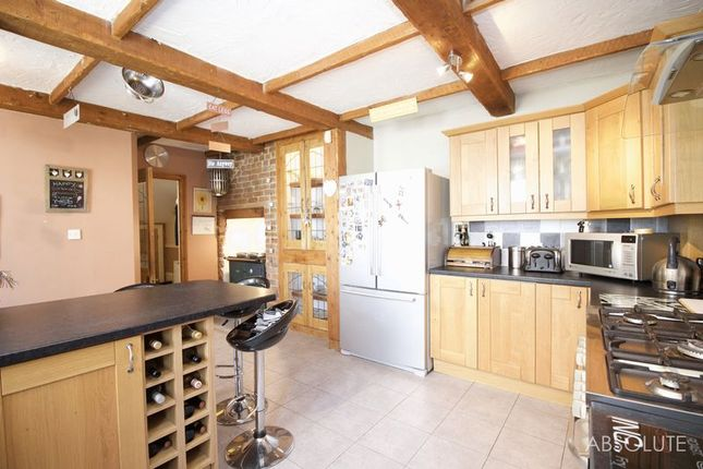 Thumbnail Terraced house for sale in Bronshill Road, Torquay