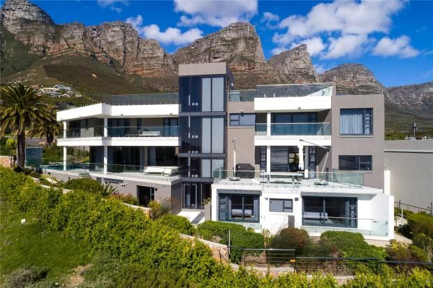 Thumbnail Property for sale in 14 Fulham Road, Camps Bay, Cape Town, Western Cape, 8005