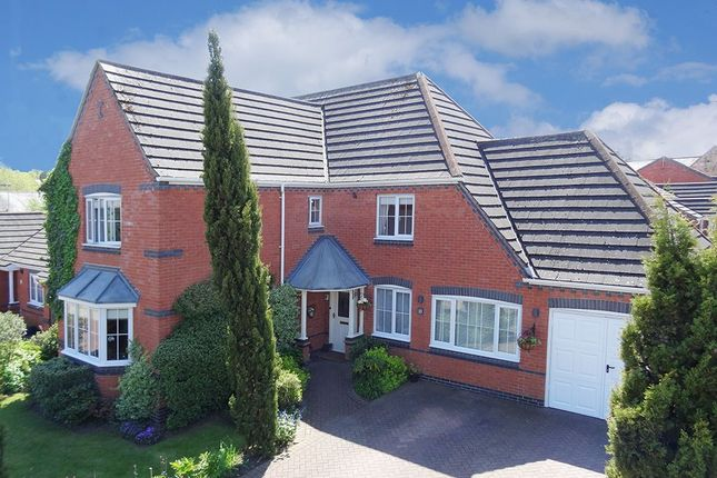Thumbnail Property for sale in Kirby Close, Hasland, Chesterfield, Derbyshire