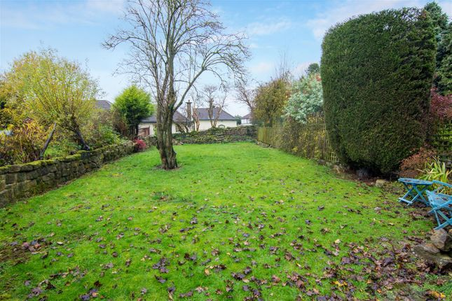 Outside of Cemetery Road, Yeadon, Leeds LS19