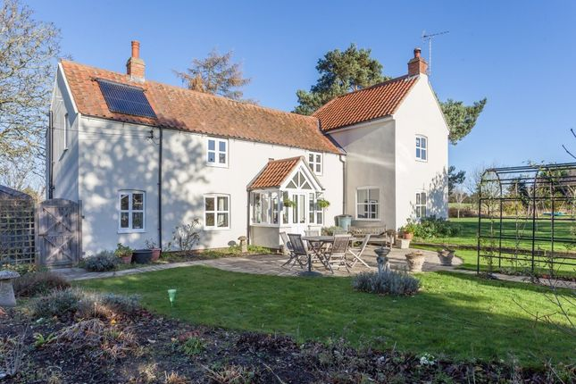 4 bed detached house for sale in The Common, South Creake, Fakenham
