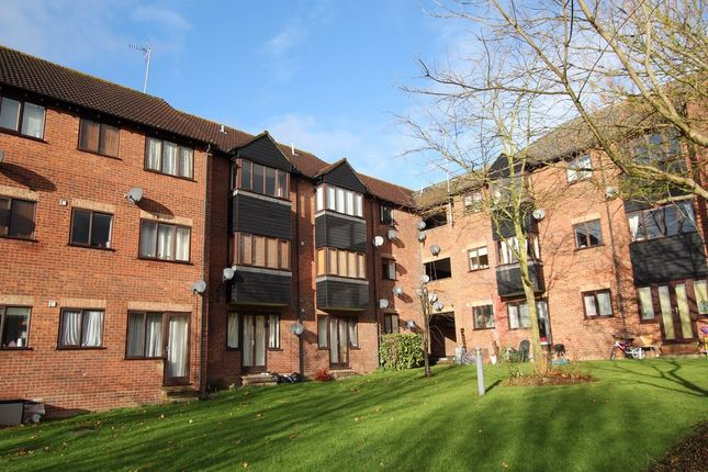 Thumbnail Flat to rent in Haslers Lane, Dunmow, Essex