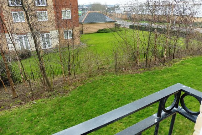 Thumbnail Flat for sale in Ffordd James Mcghan, Cardiff