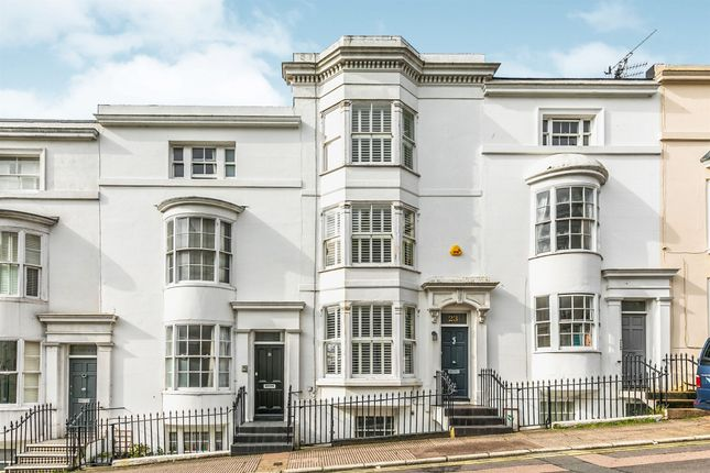 Thumbnail Terraced house for sale in Hampton Place, Brighton