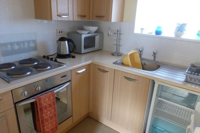 Thumbnail Bungalow to rent in Colne Way, Point Clear Bay, Clacton-On-Sea