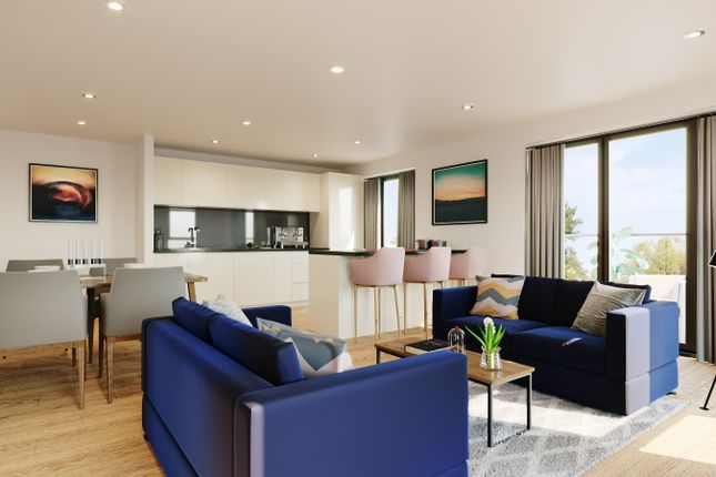 Thumbnail Flat for sale in Fairbourne Road, London