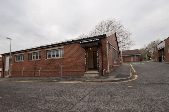 Thumbnail Retail premises to let in Water Street, Middleton, Manchester