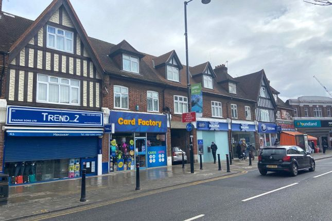 3 bed flat for sale in Station Road, Hayes, Middlesex UB3