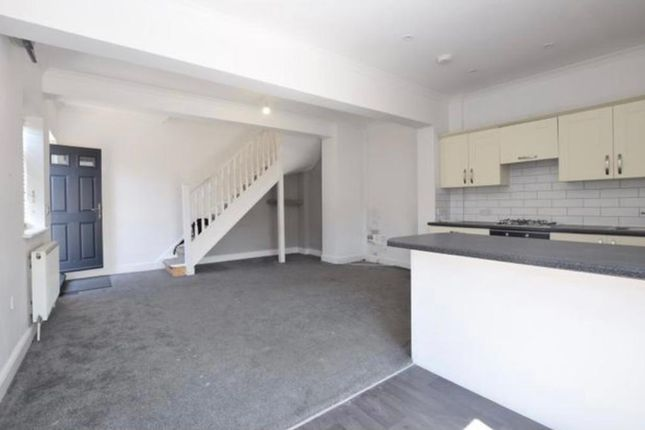 Thumbnail End terrace house to rent in Malcolm Road, Coulsdon