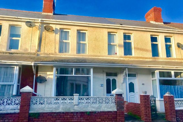 Thumbnail Property to rent in Fenton Place, Porthcawl, Porthcawl