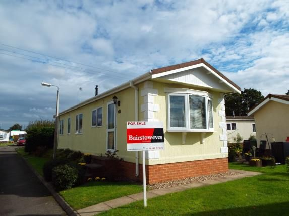 Thumbnail Mobile Park Home For Sale In St James Featherstone Wolverhampton