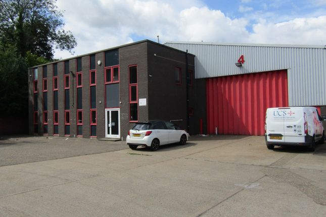 Thumbnail Warehouse to let in Unit 4 Bracknell Business Centre, Downmill Road, Bracknell