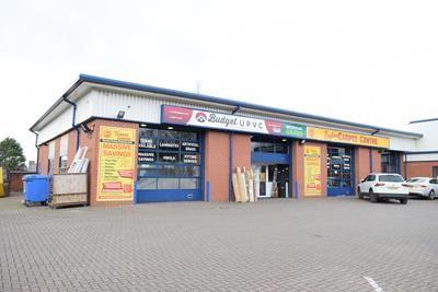 Thumbnail Retail premises to let in Oldham Road, Royton, Oldham, Lancashire