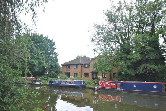 Thumbnail Flat for sale in Lower Kings Road, Berkhamsted