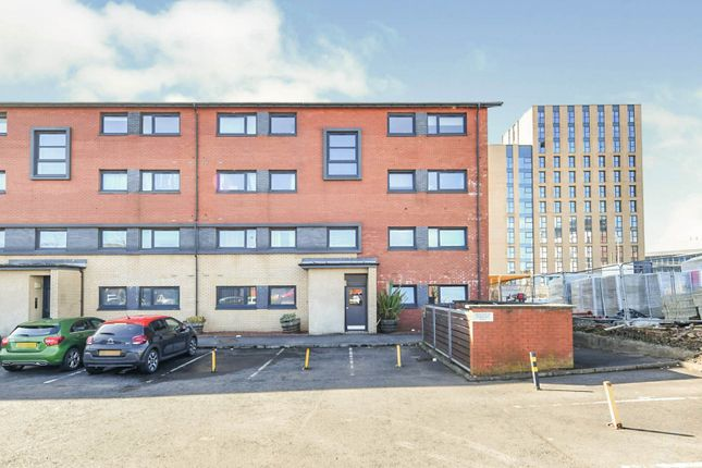 2 bed flat for sale in Couper Street, Glasgow G4
