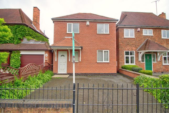 Thumbnail Detached house for sale in Sandhurst Road, Leicester