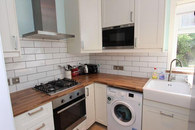 Thumbnail Flat to rent in Colinton Mains Grove, Colinton Mains, Edinburgh
