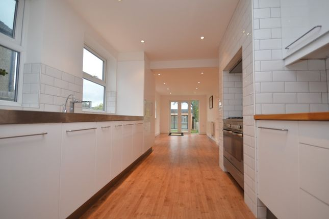 Thumbnail Property to rent in Gaynes Road, Upminster