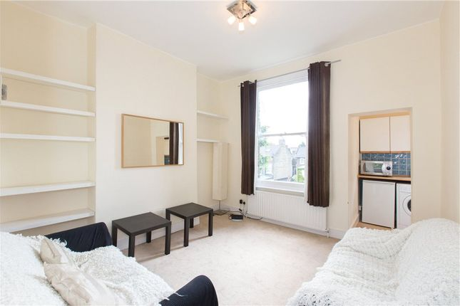 Thumbnail Flat to rent in Louvaine Road, Battersea, London