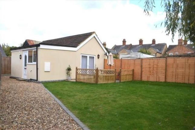 Thumbnail Bungalow for sale in 13A Sun Street, Biggleswade, Bedfordshire