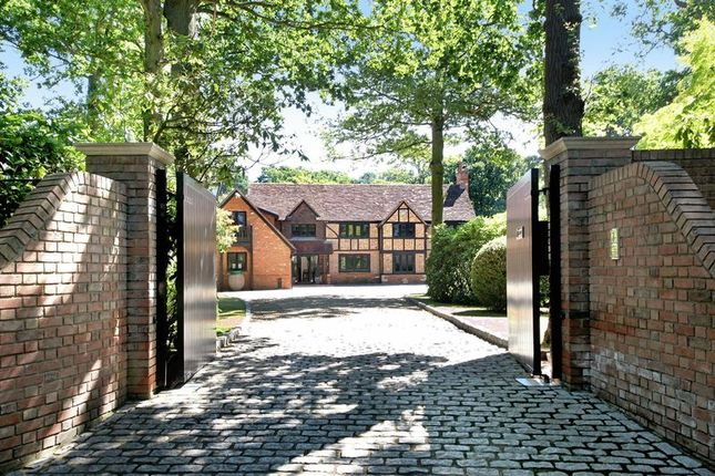 Thumbnail Property for sale in Cherry Tree Corner, Puers Lane, Jordans, Beaconsfield