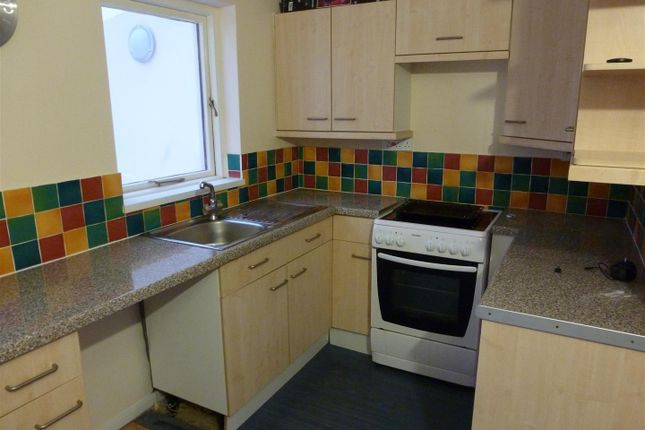 2 bed property to rent in New Park, March