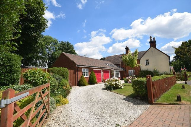 Thumbnail Cottage for sale in Cawston Lane, Dunchurch, Rugby, Warwickshire